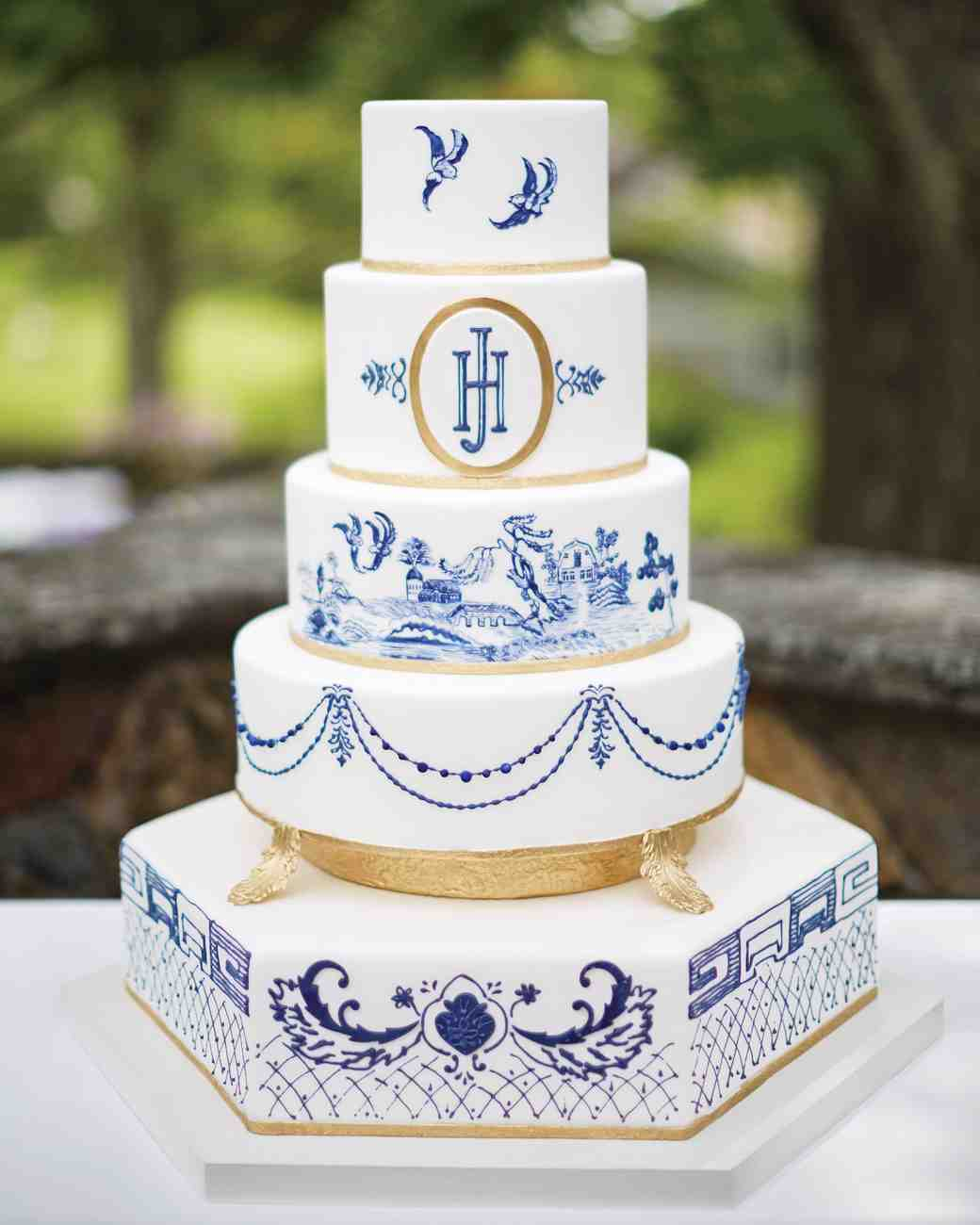 Martha Stewart Weddings Ana Parzych Custom Wedding Cakes Featured Cake Ceremony Image