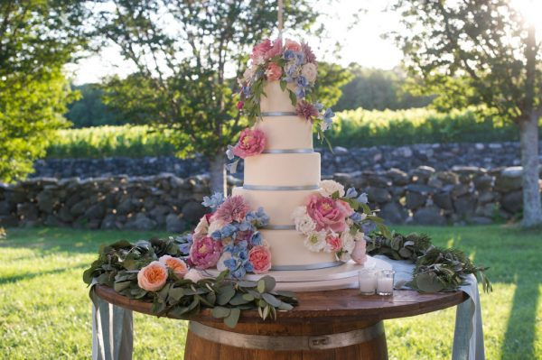 vineyard wedding-cake Jonathan Edwards Winery-True Event-tall wedding cake