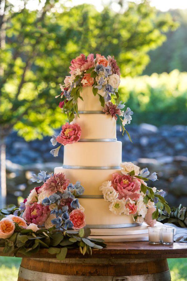 Jonathan Edwards Winery True Event Custom Wedding Cake by Ana Parzych Cakes