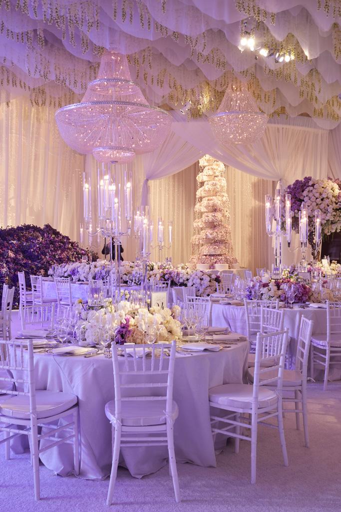 Fertitta las vegas luxury wedding cake