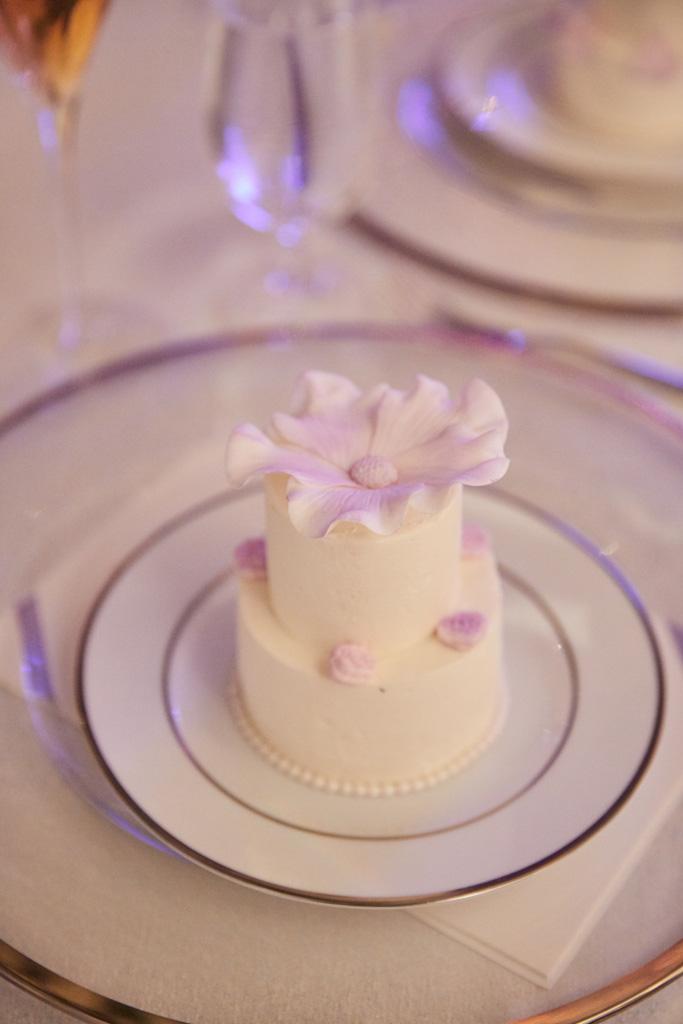 Ana Parzych Cakes Fertitta Wedding