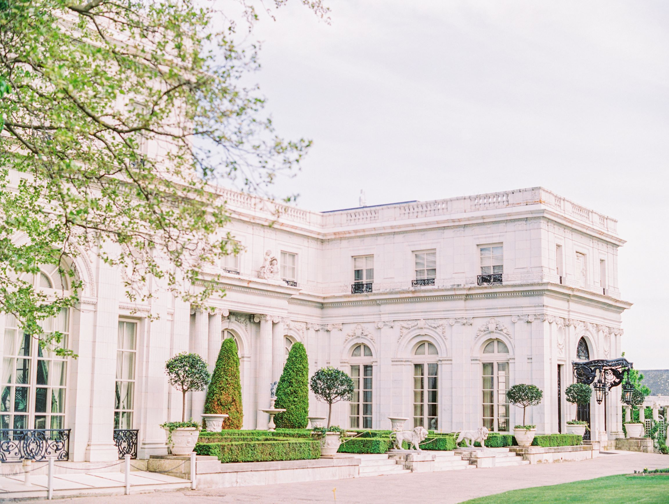 Rosecliff Mansion Wedding