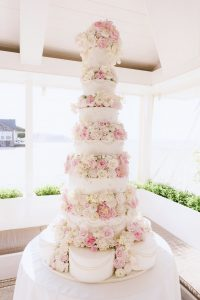 Stunning pink wedding cakes