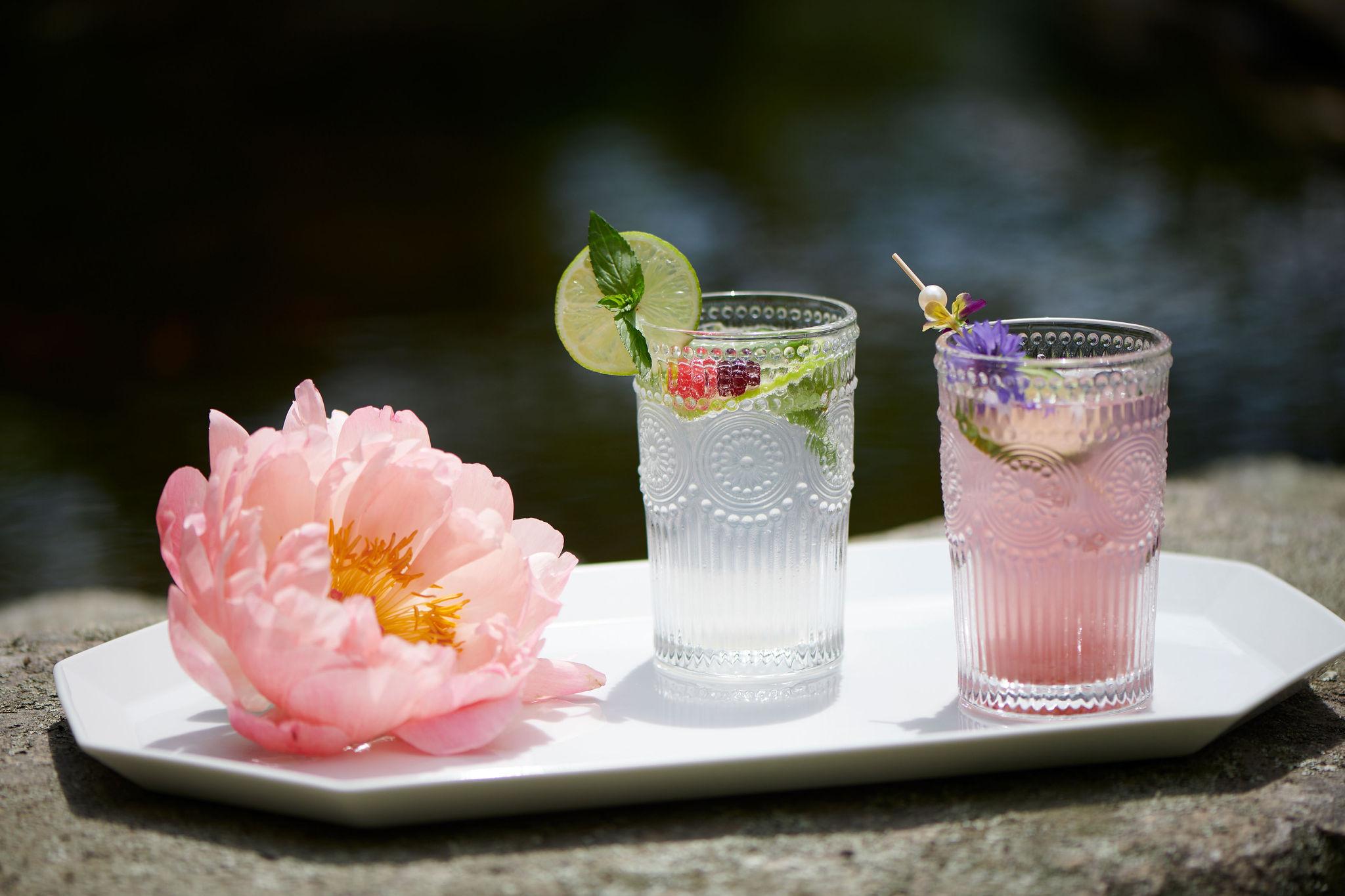 summer inspired wedding cocktails